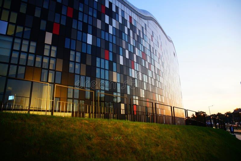 Centre de congrès de GLACE à Cracovie images libres de droits