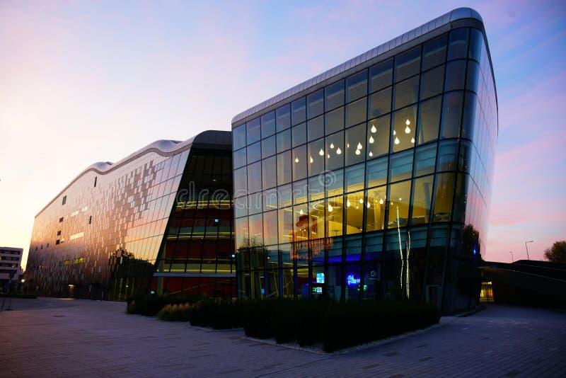 Centre de congrès de GLACE à Cracovie image stock