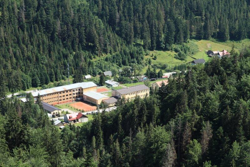 Centre de famille d'accueil et de détention juvénile dans le paradis slovaque photo stock