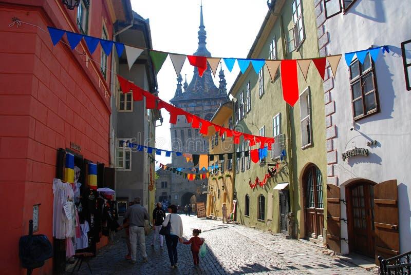 Centre de la ville coloré de Sighisoara photographie stock
