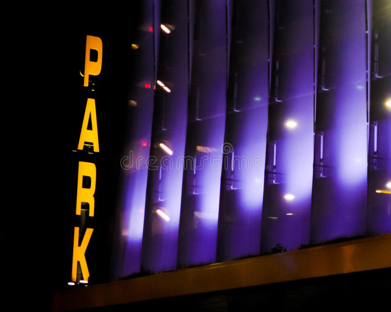 Centre de la ville d'entrée de parking Philly photo libre de droits