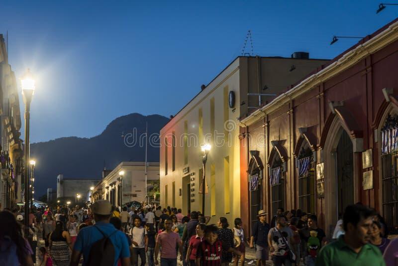 Centre de la ville historique la nuit, Oaxaca, Mexique images libres de droits