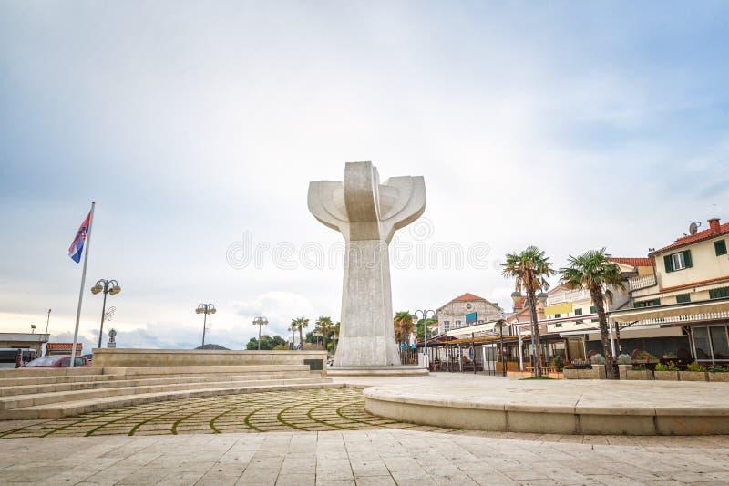 Centre de la ville de Vodice, Croatie image libre de droits