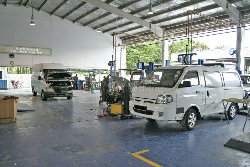 Centre de service automobile images libres de droits