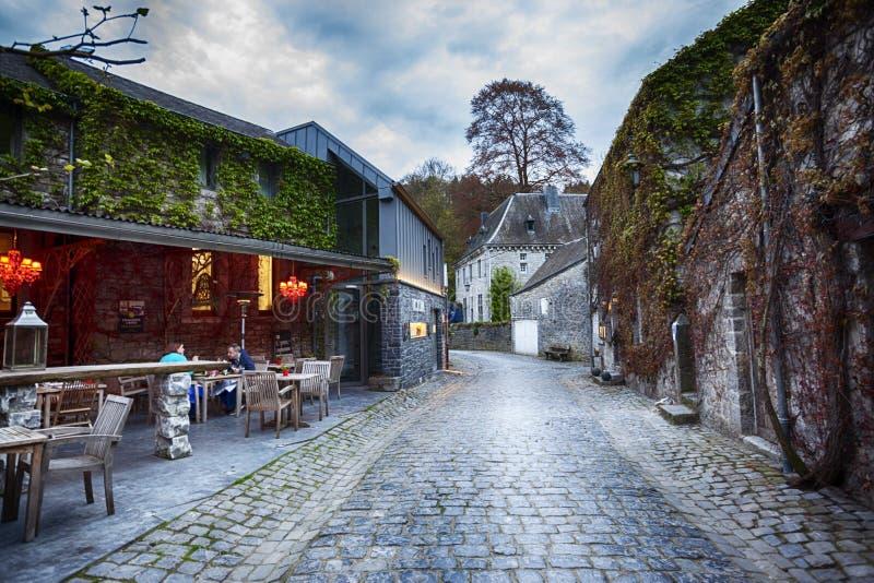 Centre de ville belge Durbuy photo stock