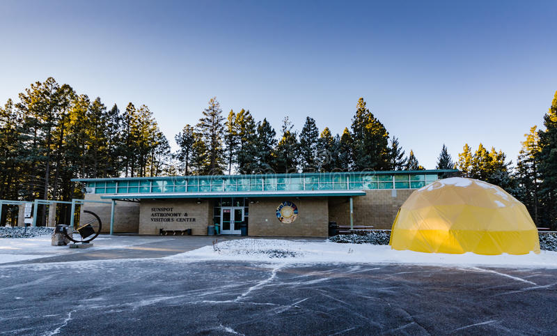 Centre de visiteur d'astronomie de tache solaire - Cloudcroft, nanomètre photos stock