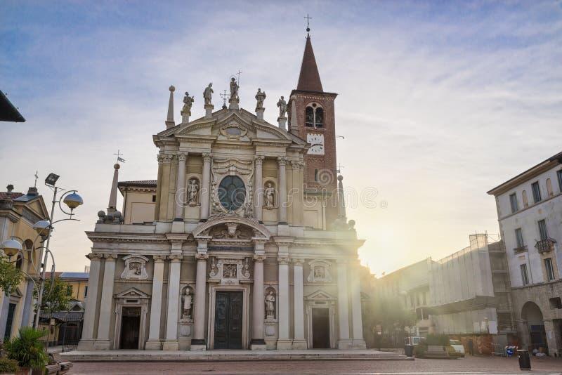 Centre historique de Busto Arsizio et place San Giovanni, Italie photos stock