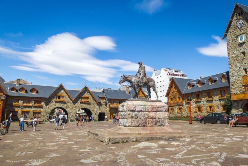 Centre municipal Centro Civico et place principale dans Bariloche du centre - Bariloche, Patagonia, Argentine photo stock