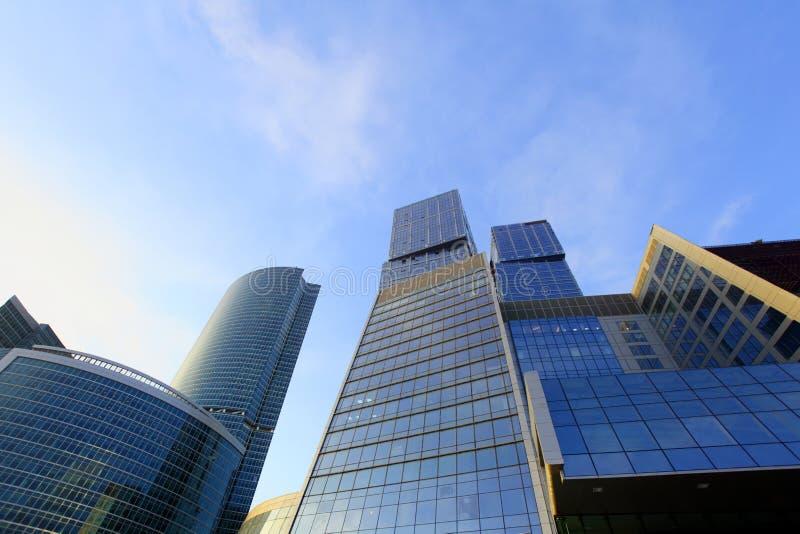Centre neuf d'affaires de gratte-ciel dans la ville de Moscou image stock