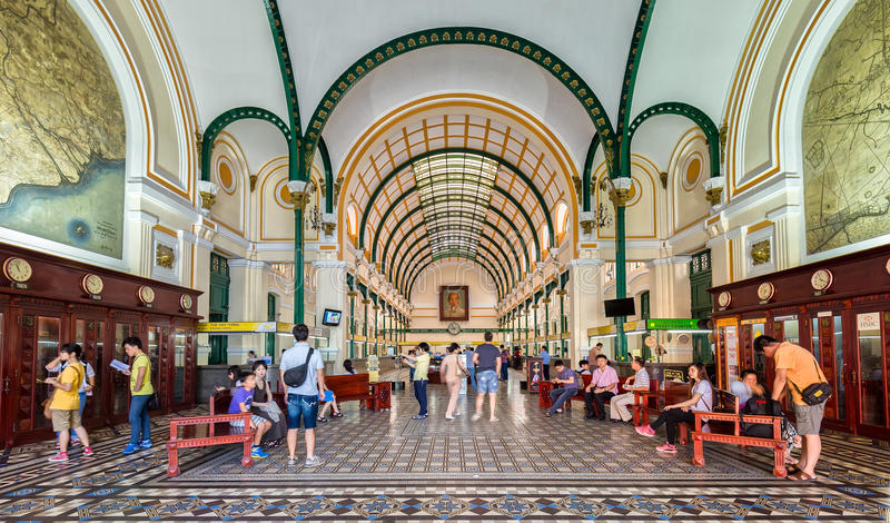 Centre postal d'architecture en Ho Chi Minh City, Vietnam photo libre de droits