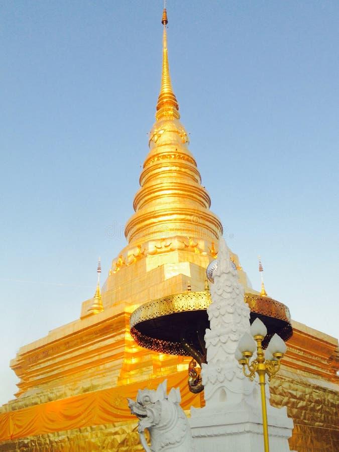 centre spirituel bouddhiste images stock