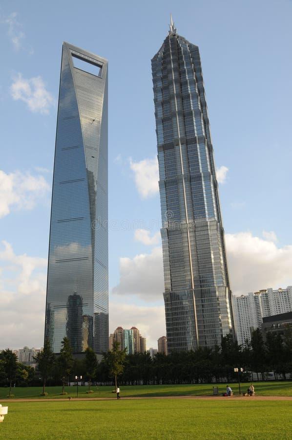 Centrera Den Finansiella Världen För Det Jinmaoshanghai Tornet Arkivfoto