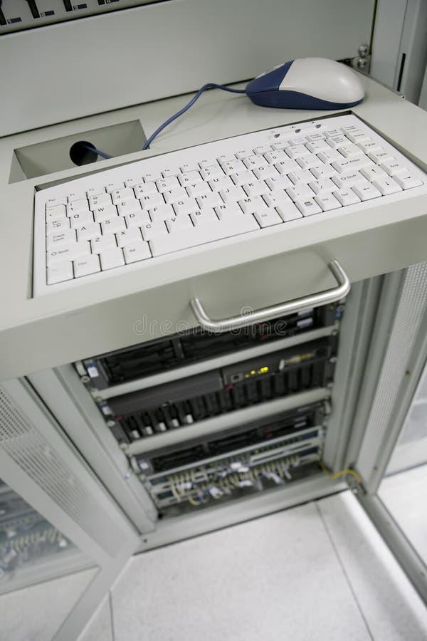 centrera kommunikationsserveror arkivfoton