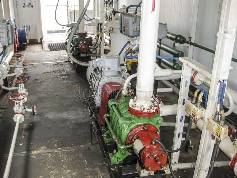 Centrifugal olje- pump Pumpa enheten för vattenbehandling Olje- equipm fotografering för bildbyråer