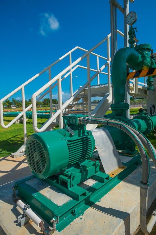 Centrifugal pump och motor royaltyfria bilder