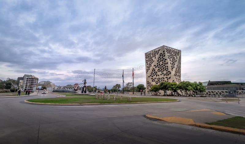 Centro CÃvico del Bicentenario e ponte di Bicentenario, provincia Cordova governa, Argentina di Cordova fotografia stock