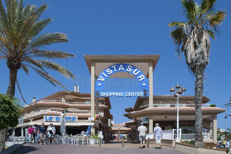 Centro comercial de Vista Sur, Los Cristianos, Arona, Tenerife - 12 de abril de 2017 imagenes de archivo