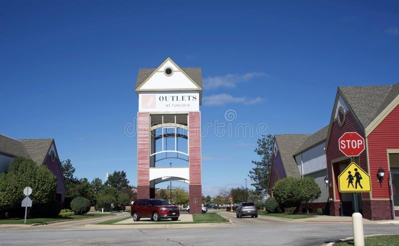 Centro commerciale dello sbocco e di striscia di Tuscola Illinois, Tuscola, Illinois immagine stock