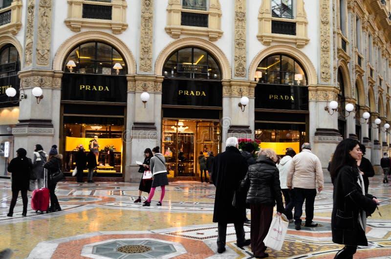 Centro commerciale di Milano Luxuous Vittorio Emanuele fotografia stock