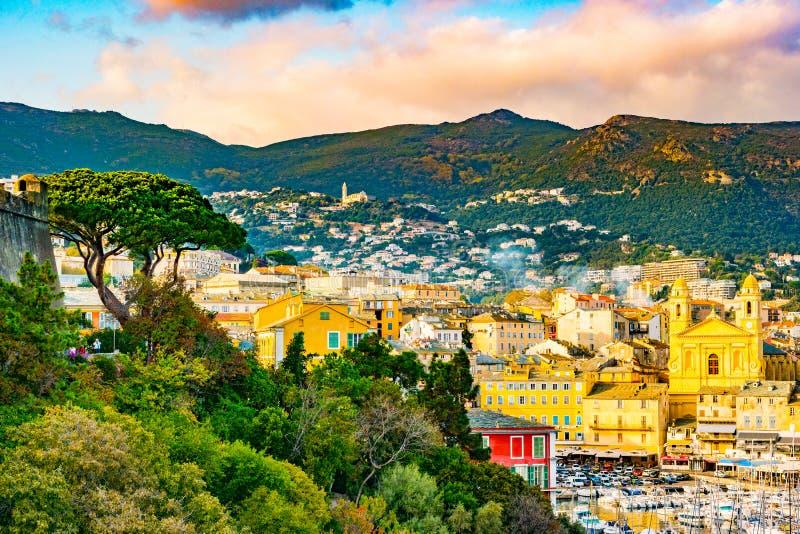 Centro da cidade, farol e porto velhos de Bastia fotos de stock royalty free