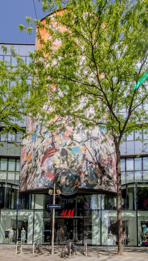 Centro da cidade prolongado Mariahilf em Viena, ?ustria, outono foto de stock royalty free