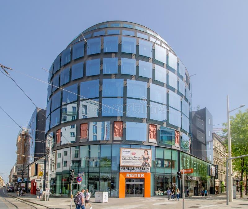 Centro da cidade prolongado Mariahilf em Viena, ?ustria, outono fotografia de stock royalty free
