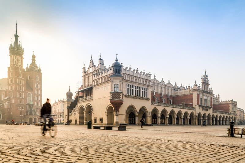 Centro da cidade velho de Krakow, Polônia fotos de stock