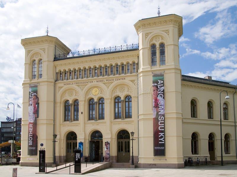 Centro da paz de Nobel em Oslo, Noruega fotos de stock