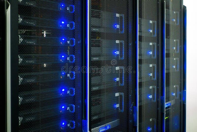 Centro dati, stanza del server immagine stock