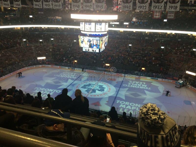 Centro de Air Canada Jogo dos Toronto Maple Leafs foto de stock