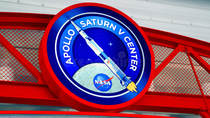 Centro de Apollo Saturn V em Kennedy Space Centre imagem de stock royalty free