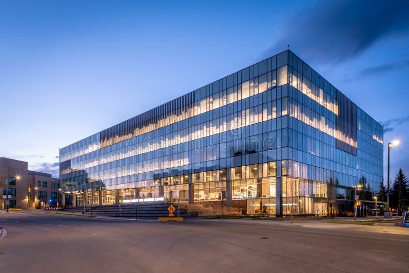 Centro de Biblioteca e Aprendizagem do Riddell, Universidade Real do Monte imagens de stock royalty free
