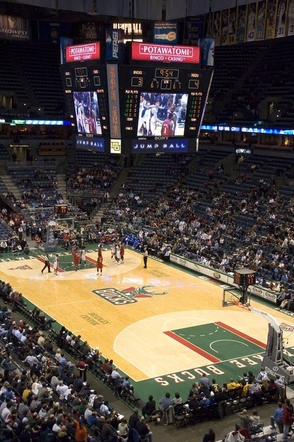 Centro de Bradley del baloncesto de los dólares NBA de Milwaukee fotografía de archivo libre de regalías