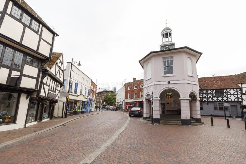 Centro de cidade de Godalming, Surrey, Reino Unido imagem de stock