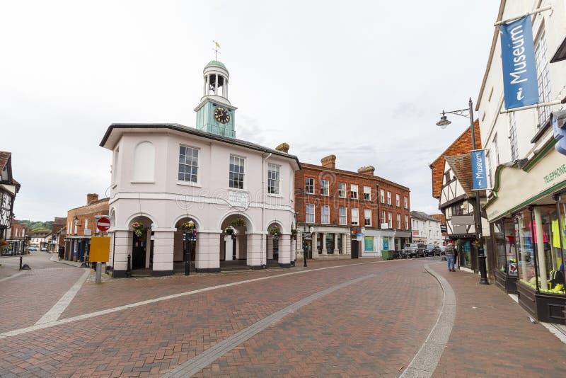 Centro de cidade de Godalming, Surrey, Reino Unido imagem de stock royalty free