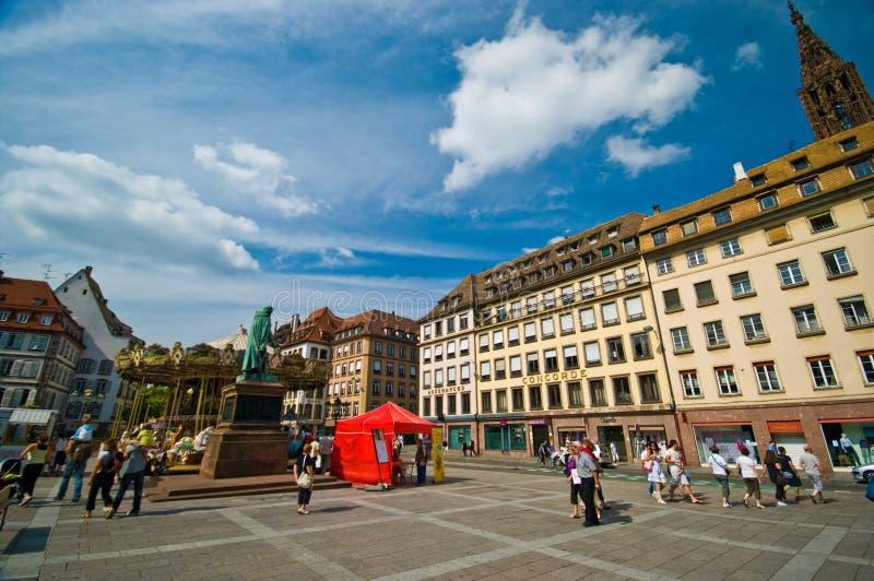 Centro de cidade de Strasbourg, plaza da praça da cidade fotos de stock royalty free