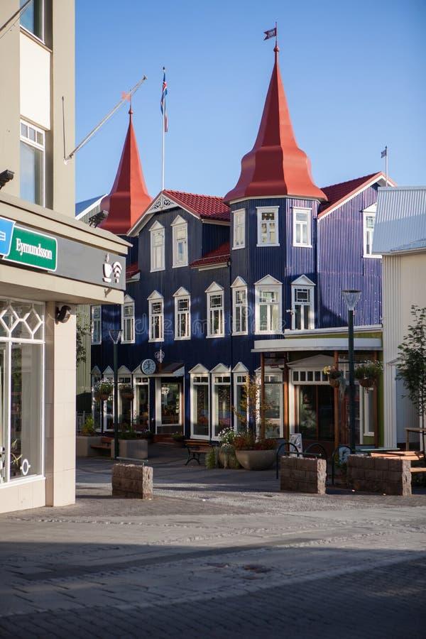Centro de ciudad de Akureyri, Islandia fotos de archivo