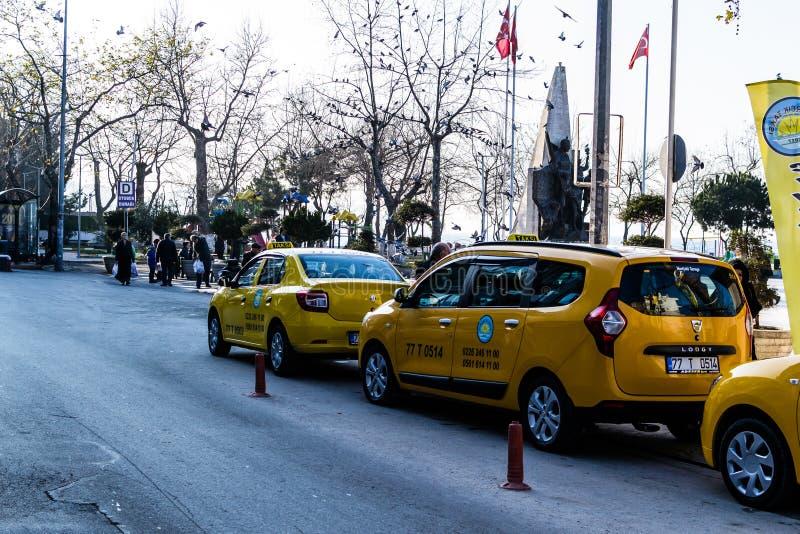 Centro de ciudad de Cinarcik - Turquía imagen de archivo