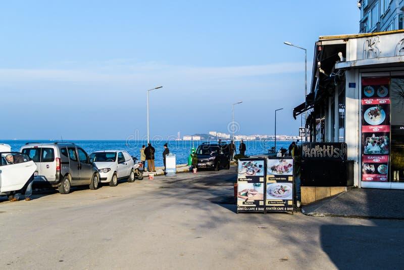 Centro de ciudad de Cinarcik - Turquía imagen de archivo libre de regalías