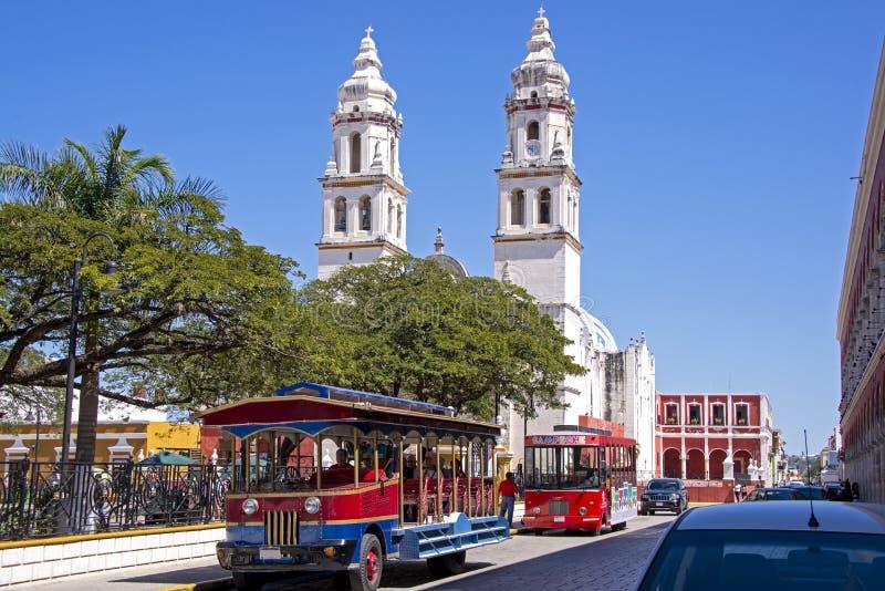 Centro de ciudad colonial mexicano fotos de archivo libres de regalías