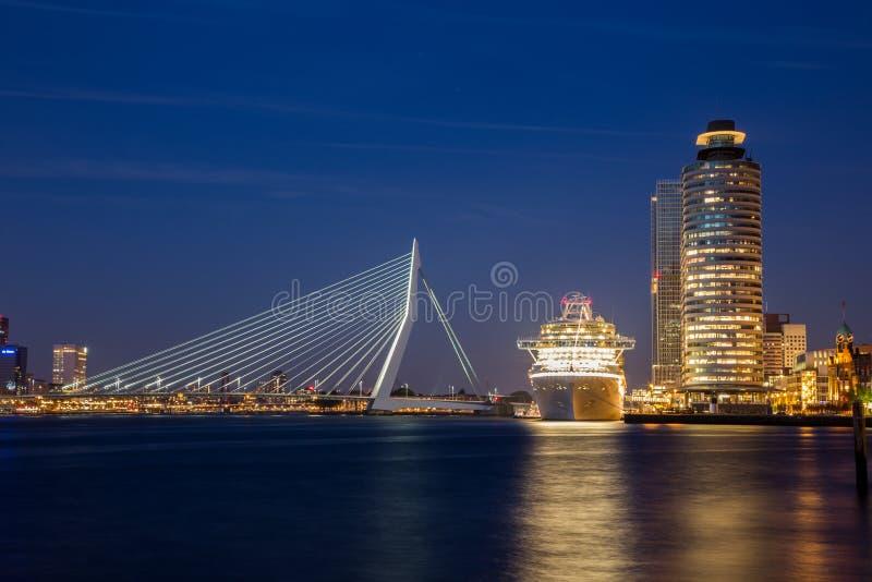 Centro de ciudad de Rotterdam imagen de archivo libre de regalías