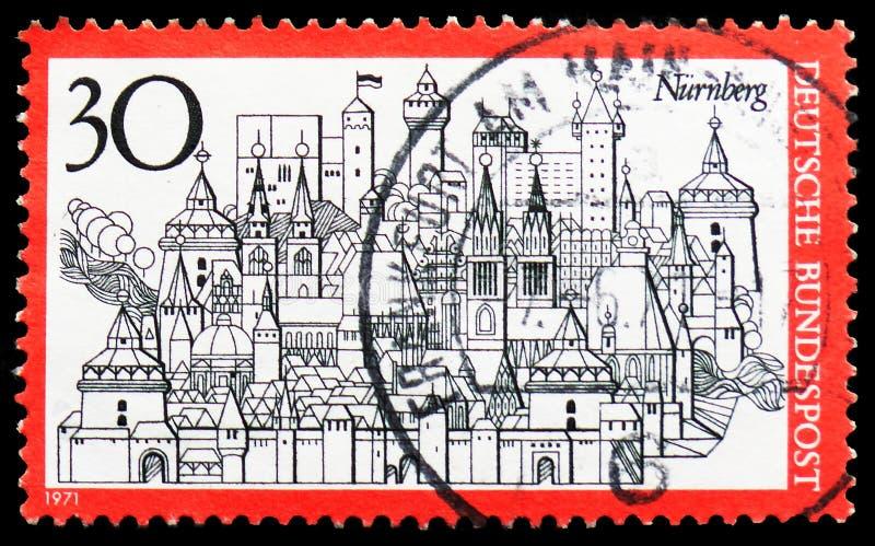 Centro de ciudad histórico de Nuremberg, serie del turismo, circa 1971 imágenes de archivo libres de regalías