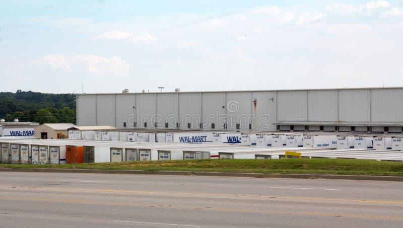 Centro de distribuição de Wal-Mart fotografia de stock royalty free