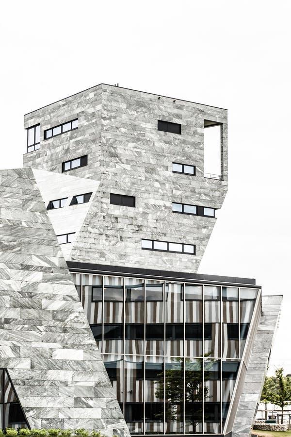 Centro de la ciudad constructivo moderno, foto de archivo