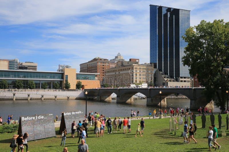 Centro de la ciudad de Grand Rapids, Michigan imagen de archivo libre de regalías