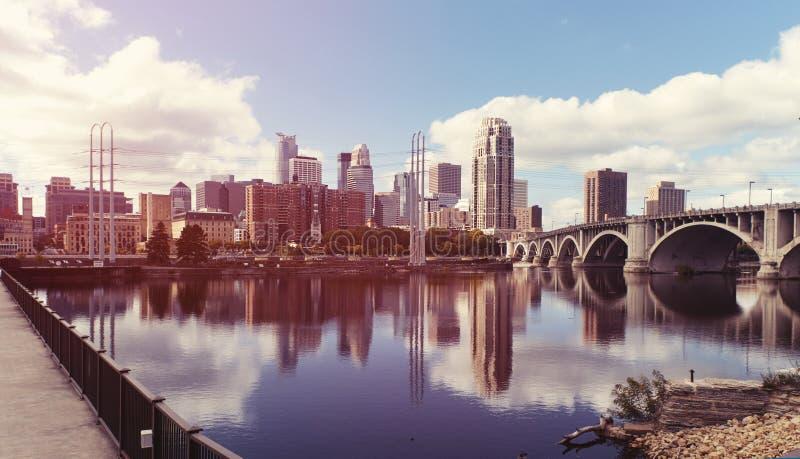 Centro de la ciudad de Minneapolis minnesota fotos de archivo libres de regalías