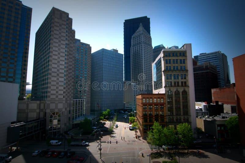 Centro de la ciudad de una ciudad americana - vida de ciudad fotos de archivo libres de regalías