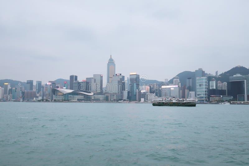 Centro de la ciudad del paisaje urbano del horizonte de Victoria Harbour HK imágenes de archivo libres de regalías