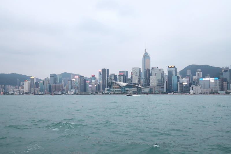 Centro de la ciudad del paisaje urbano del horizonte de Victoria Harbour HK imagen de archivo