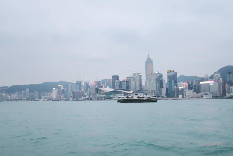 Centro de la ciudad del paisaje urbano del horizonte de Victoria Harbour HK imagen de archivo libre de regalías